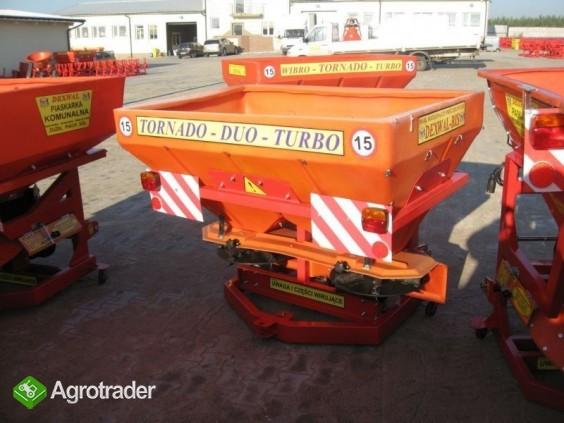 Rozsiewacz nawozów Tornado Duo 850 L / 1200 kg - zdjęcie 2