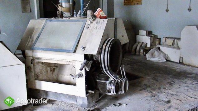 Mlewnik Gniotownik Zgniatacz ( 4-walcowy 80-tka ) FM-02 zdemontowany.