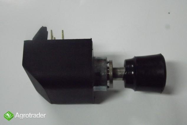 Włącznik świateł awaryjnych MF-3/MF 255/ URSUS 3512 - zdjęcie 2