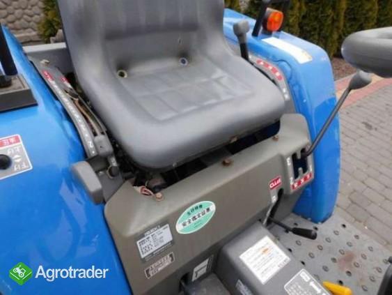 Iseki TM15 15KM 4x4 mini traktor traktorek ładowarka Kubota Yanmar  - zdjęcie 5