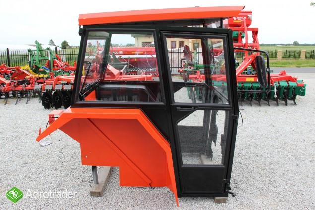 Kabina ciągnikowa do ciągnika MF 235 255 LUX z błotnikami CE - zdjęcie 1