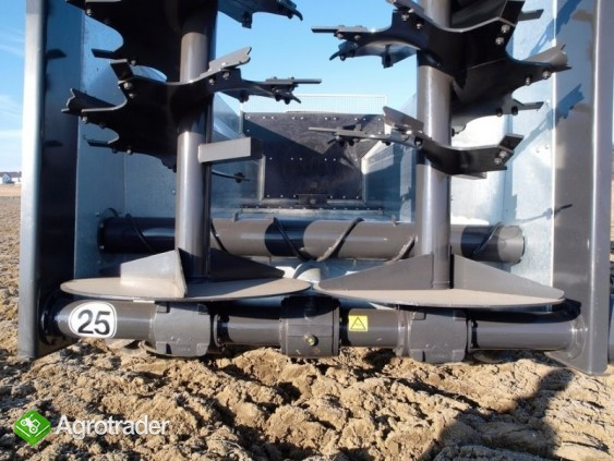 Rozrzutnik obornika z systemem wypychania ADS 120 - zdjęcie 5