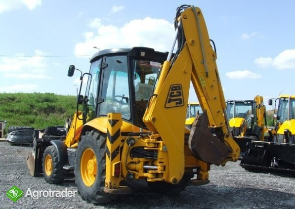JCB 3CX Contractor z roku 2006 [18